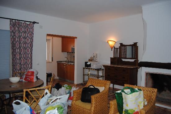 Porto Dona Maria Resort: Salón