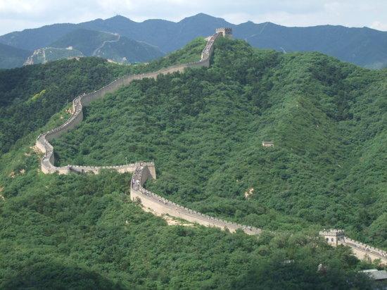 The Great Wall at Badaling: これこそ万里の長城