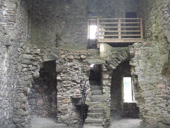 Kilchurn Castle : Inside the castle