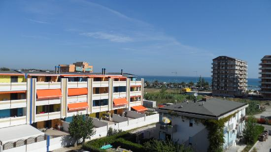 Hotel Eden: balcon vue mer!