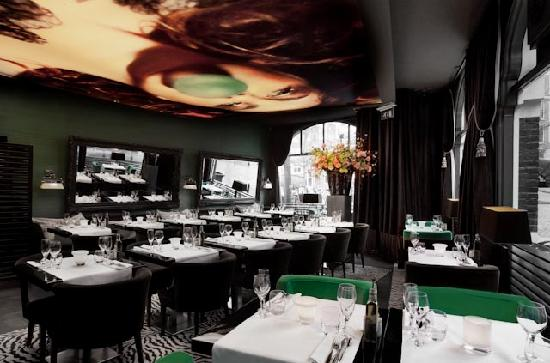 Restaurant RED Amsterdam inside