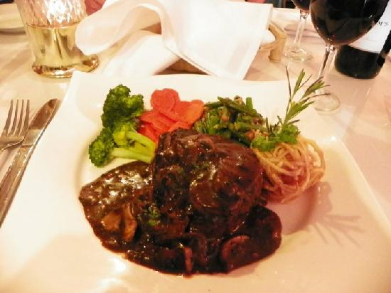 House of Mozart: The Filet Mignon...gorgeous