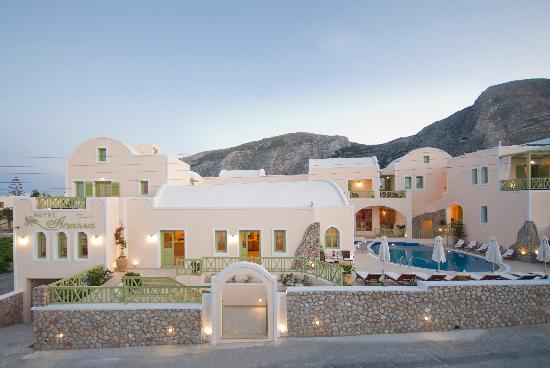 Anassa Deluxe Suites: exterior view