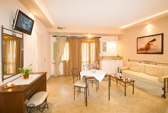 Anassa Deluxe Suites: junior suite