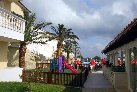 Galaxy Hotel, BW Premier Collection: Galaxy pool & beach