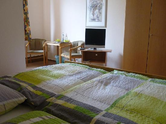 Hotel Vier Linden: Zimmer