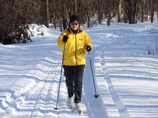 Moonlight on the Lake B&B: great Xcountry skiing