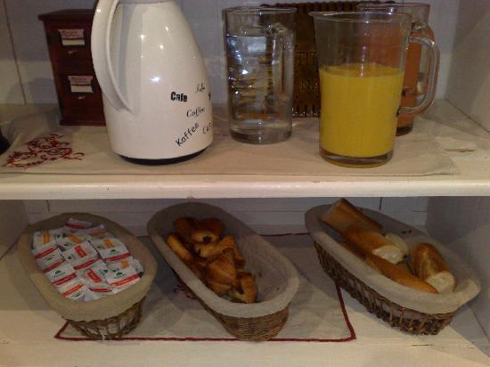Hôtel Saint-Yves : Petit déjeuner