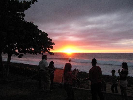Salitre Meson Costero: Unforgettable Sunsets