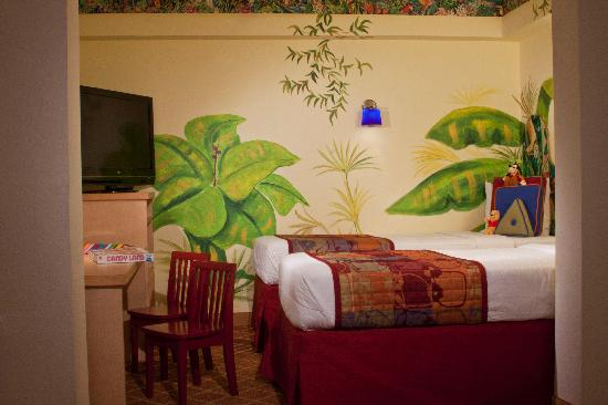 Residence Inn Orlando Lake Buena Vista: Our kid's suites are a great options for your next family trip to Disney!