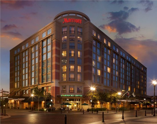 Sugar Land Marriott Town Square : For exceptional business trips and vacations in the Houston area, trust the impeccable services