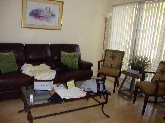 Kira-Mar Waterfront Villas & Docks: separate living room