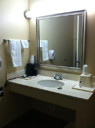 Quality Inn : sink