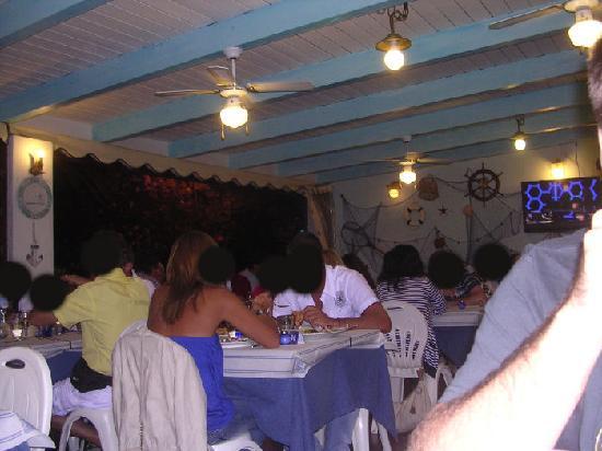 Azzurra ristorante pizzeria: interno ristorante