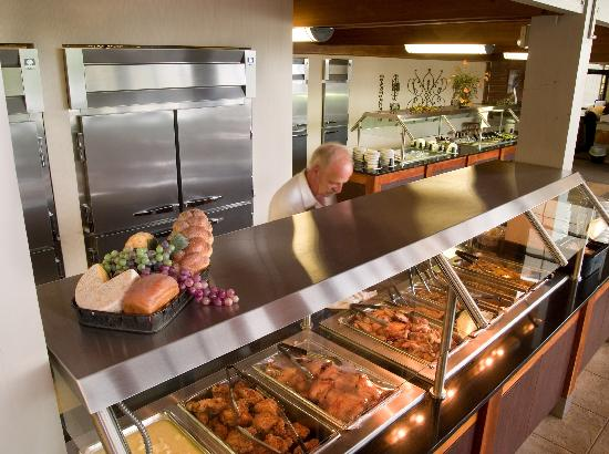 Paris Landing Park Inn: Great food in the Restauant that overlooks the lake