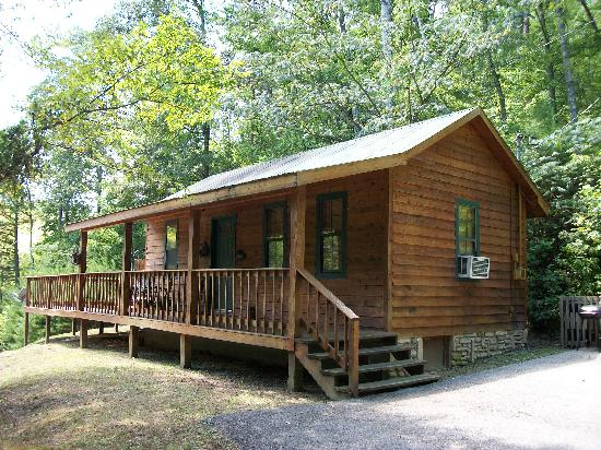 Mountain View Cabins: #7 HONEYMOON CABIN WITH KING BED U0026 HOT TUB