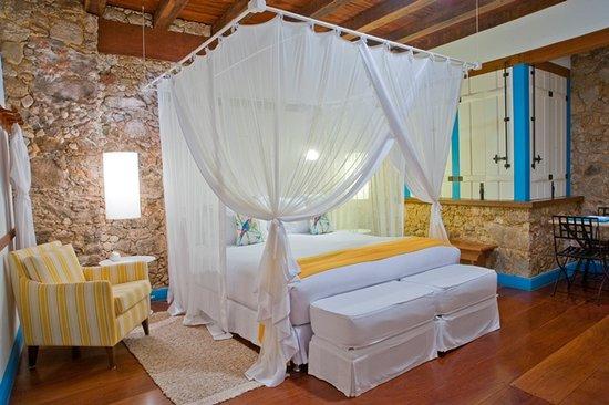 Casa Turquesa - Maison D'Hotes: Luxury Suite Yellow