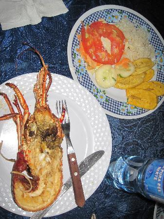 Hotel Corbiski EcoLodge : fresh lobster for dinner