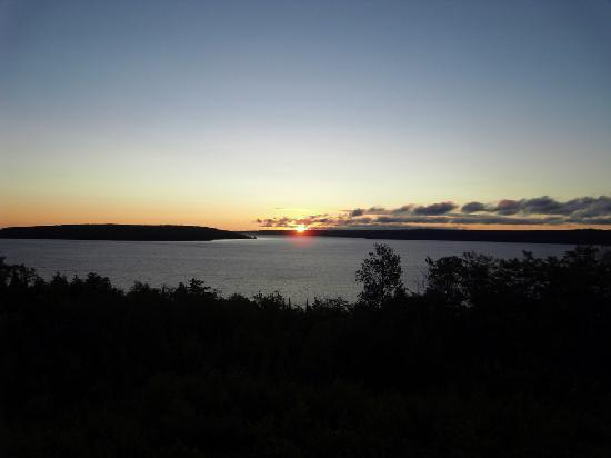 Holiday Inn Express Munising -  Lakeview: sunrise from the balcony of our room