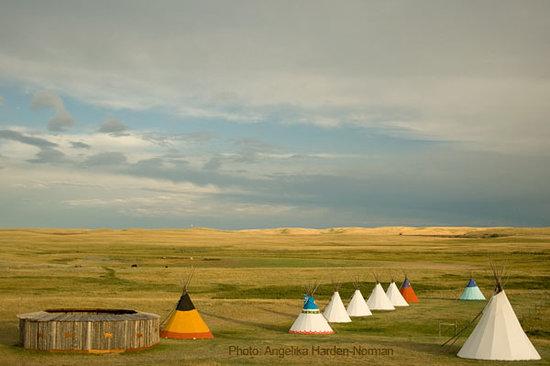 Lodgepole Gallery & Tipi Village: Blackfeet Tipi Village in Browning