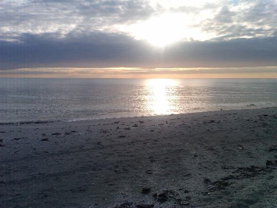Sunset Beach Inn: Paradise