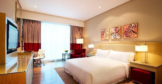 Century Kuching Hotel: Comfort King