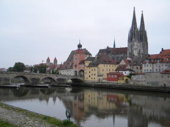 Sorat Insel-Hotel Regensburg: Regensburg! Ahhhh, great food!