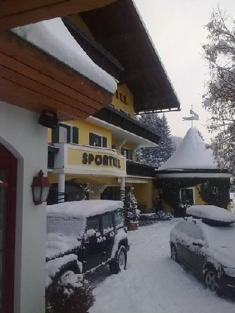 Grundlers Hotel Restaurant Spa: sous la neige