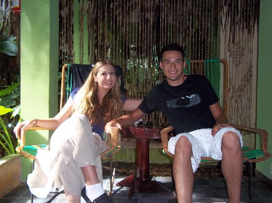 La Posada Private Jungle Bungalows: Relaxing in the morning