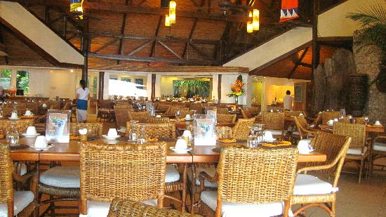 Pearl Farm Beach Resort: dining area