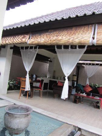 The Bli Bli Villas & Spa: the living area