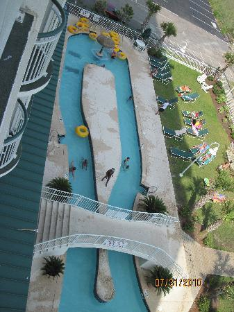 Hampton Inn & Suites Myrtle Beach/Oceanfront : View of the other lazy river.