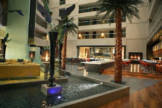 Centro Sharjah: C.Taste View