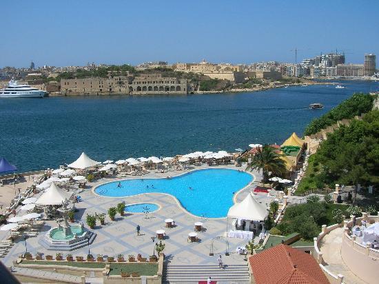 Excelsior Grand Hotel: très belle piscine