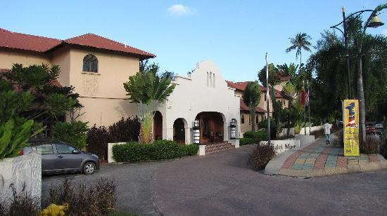 โรงแรมคาซ่า เดล มาร์: The Casa Del Mar