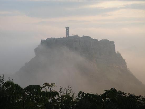 Bagnoregio, İtalya: Civita in the morning