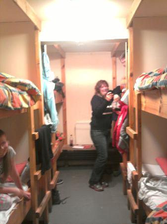 Ben Nevis Inn and Bunkhouse: 8 Bunks per dorm.