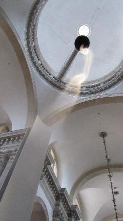 San Giorgio Maggiore: rauchsäule als kunst in der kirche