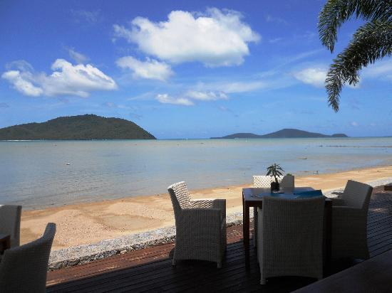 Serenity Resort & Residences Phuket: Sitting waiting to eat lunch.  Perfect or what?