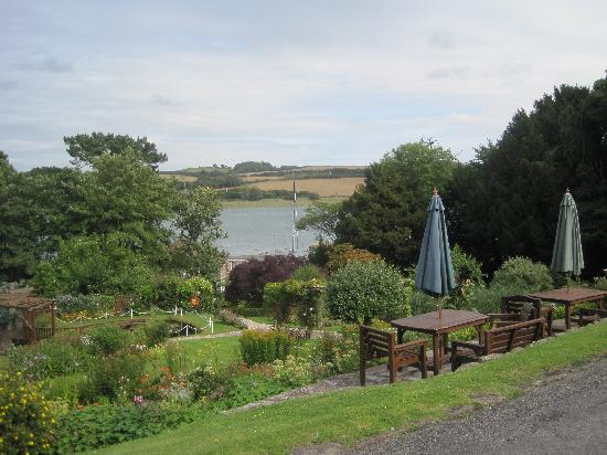 Yeoldon House Hotel: View from the Hotel - River Torridge