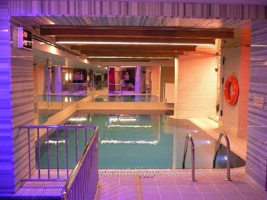 piscine de l'hotel Sultania