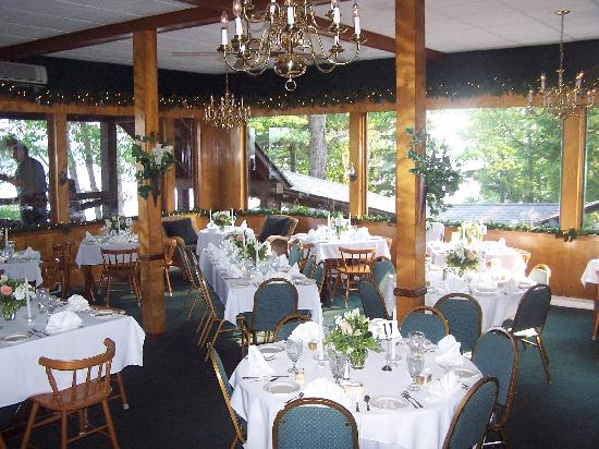 The North Woods Inn: The Mountaineer Restaurant