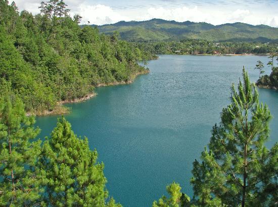 Comitan, Meksyk: Laguna Tziscao