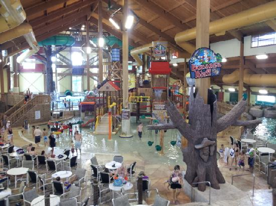 Glacier Canyon Lodge  Indoor waterpark. Indoor waterpark   Picture of Glacier Canyon Lodge  Wisconsin