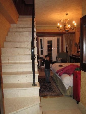 Shangrila Music Villa: 一楼房间