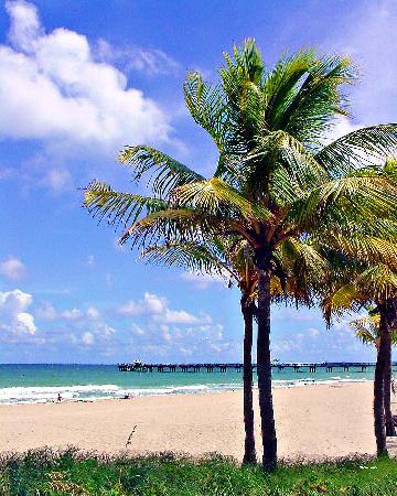 Beachside Village Resort: Pristine Beaches