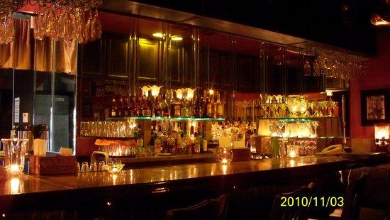 La Barataria: Inside Bar
