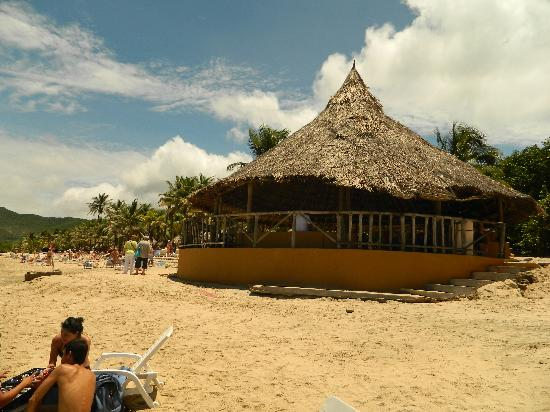 Dunes Hotel & Beach Resort: Beach Bar