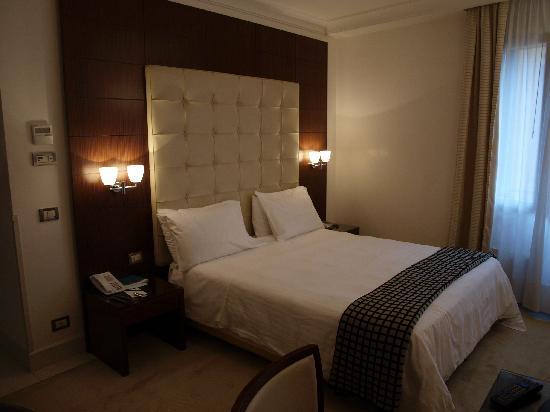 Chambre avec vue sur cour très calme - Picture of Palace ...