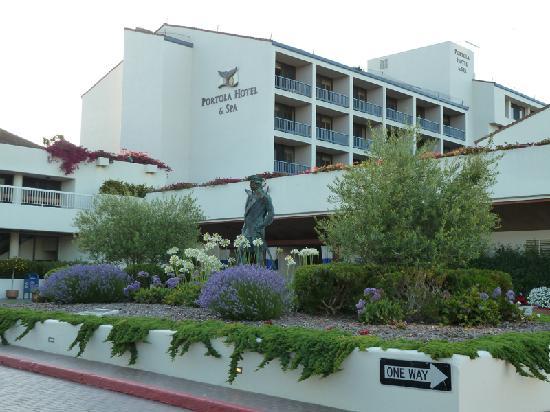Portola Hotel & Spa at Monterey Bay: Front